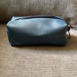 NWOT Cole Haan for AA small travel/makeup case